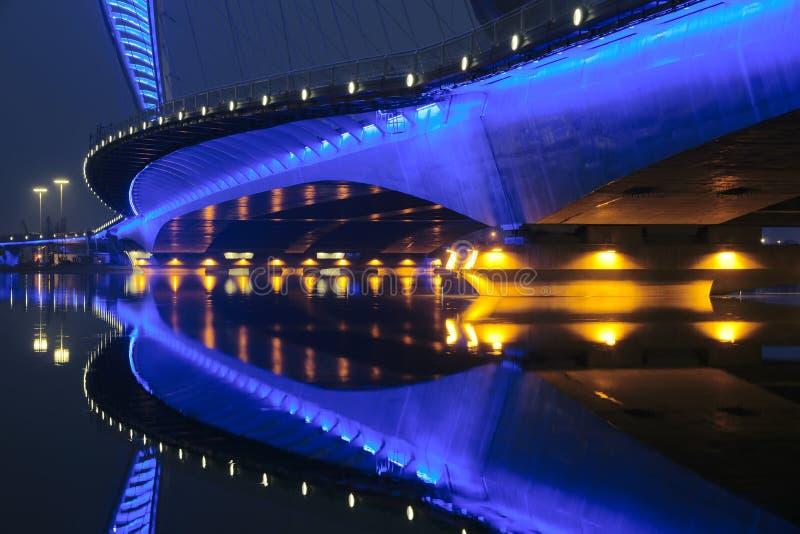 Nocturne del puente imagenes de archivo