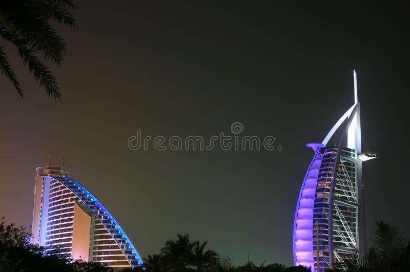 Nocturne des hôtels de luxe photos libres de droits