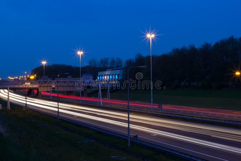 Nocy światła ruchu fotografia stock