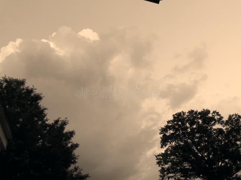 Nocy chmury zdjęcia royalty free