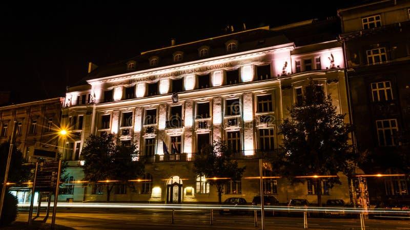 Nocy fotografia w Zagreb Długi ujawnienie w Savska ulicie obrazy royalty free