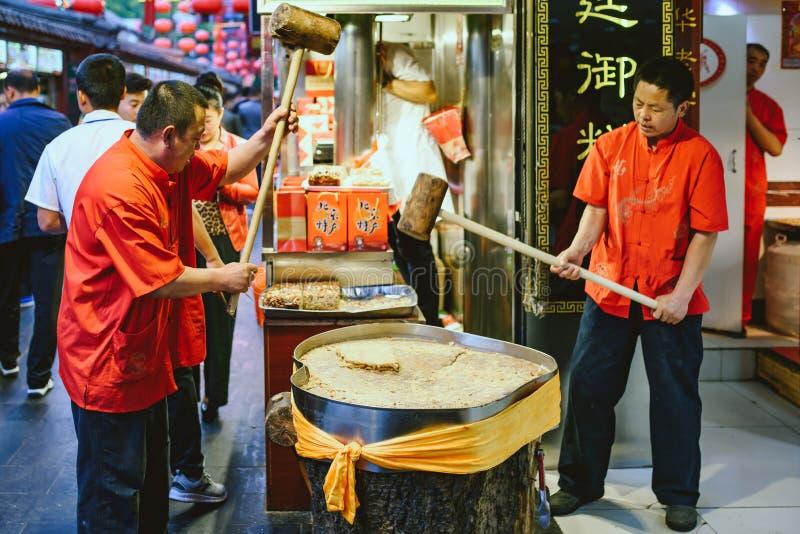 Nocy jedzenia rynek w Pekin, Chiny fotografia stock