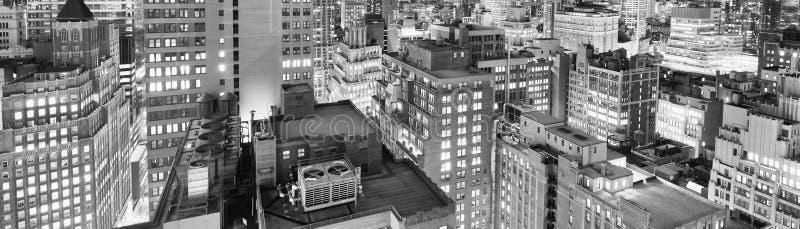 Nocy linia horyzontu Miasto Nowy Jork w czarny i biały, usa obrazy royalty free