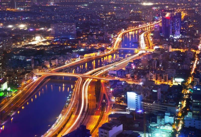 Nocy miasta Miastowa linia horyzontu, Ho Chi Minh miasto, Wietnam fotografia royalty free