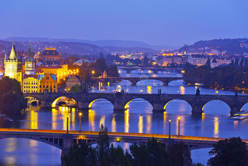Nocy panorama Praga fotografia stock