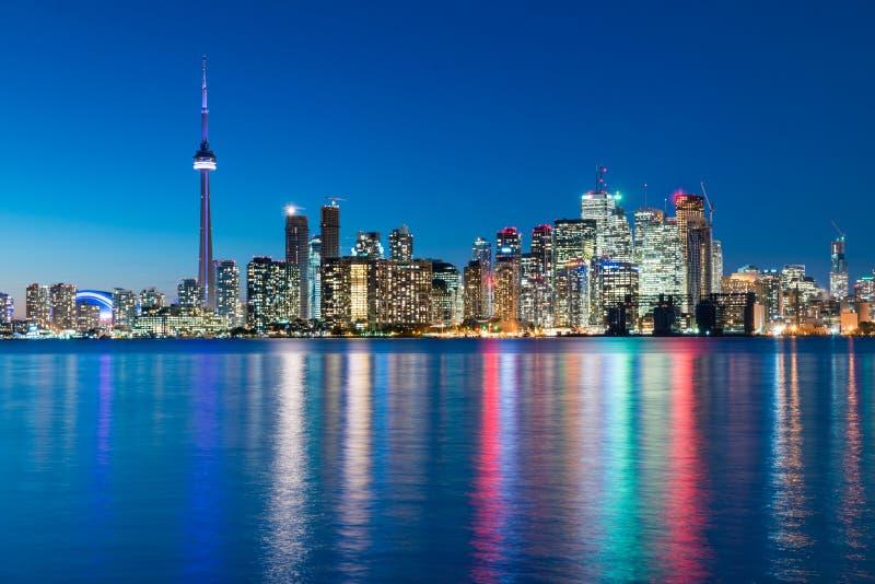 Nocy scena w centrum Toronto fotografia royalty free