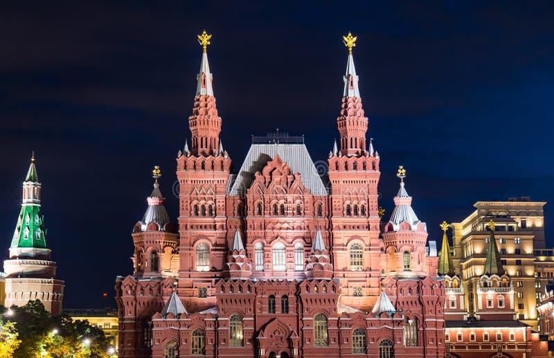 Nocy sceny stanu Dziejowy muzeum w Moskwa obraz stock