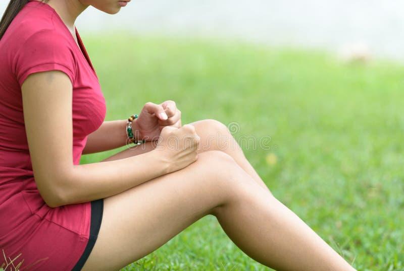Noga ból W kobiecie zdjęcie stock