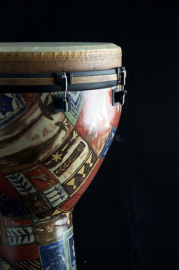 Noir africain Bk de tambour de Djembe photographie stock libre de droits