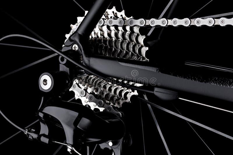 Noir arrière de détail de chaîne de cassette de vitesse de dérailleur de vélo de bicyclette dar photo stock