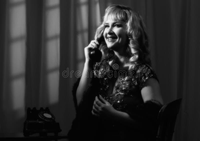 Noir kvinna för film arkivfoton