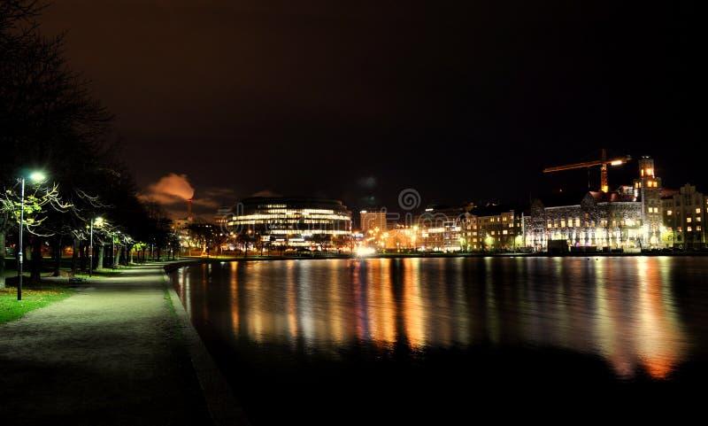 Noite calma em Helsínquia fotografia de stock