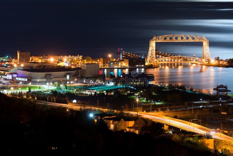 Noite de Duluth Minnesota imagem de stock