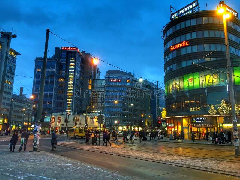 Noite de Oslo foto de stock royalty free