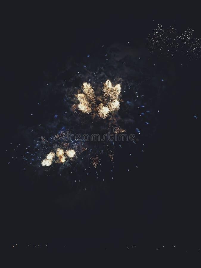 Noite de valletta do fogo de artifício fotos de stock royalty free