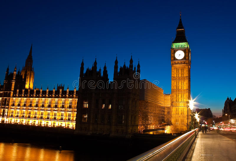 A noite disparou do Ben grande em Londres foto de stock