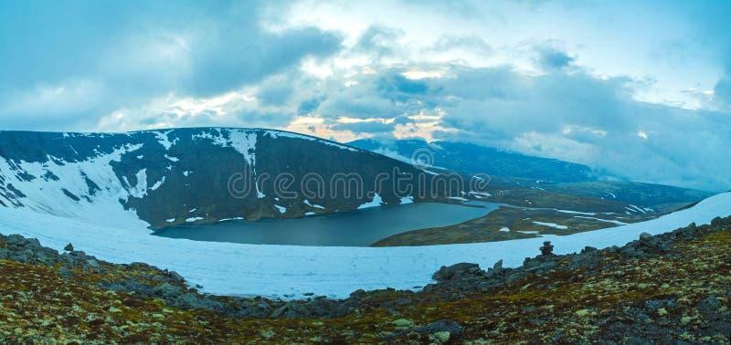Noite do dia polar fotografia de stock