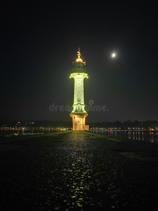 Noite do outono de Genebra foto de stock royalty free