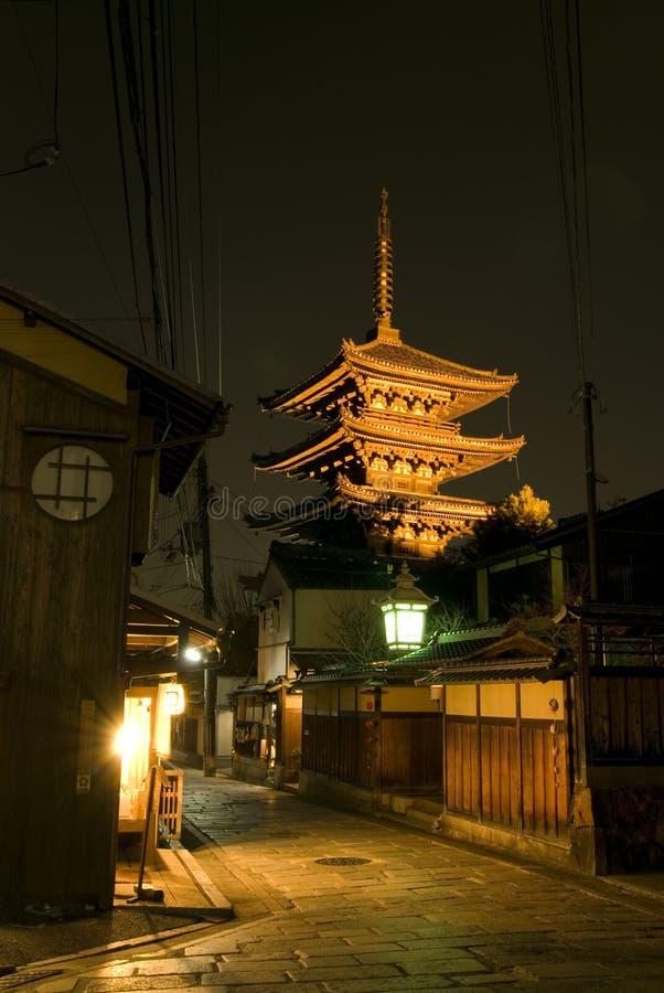 Noite em Kyoto fotografia de stock