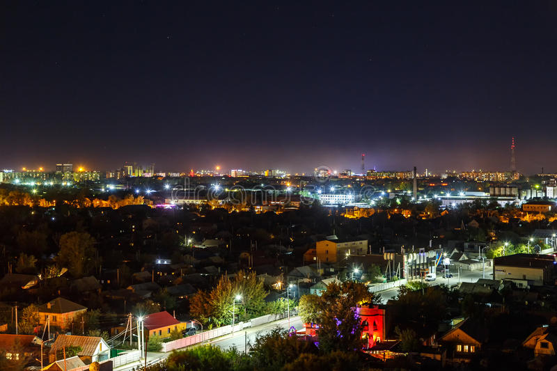 Noite Karaganda de Panarama kazakhstan imagens de stock royalty free