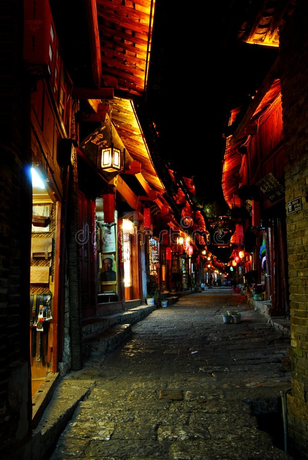 Noite Lijiang, comprando fotos de stock royalty free