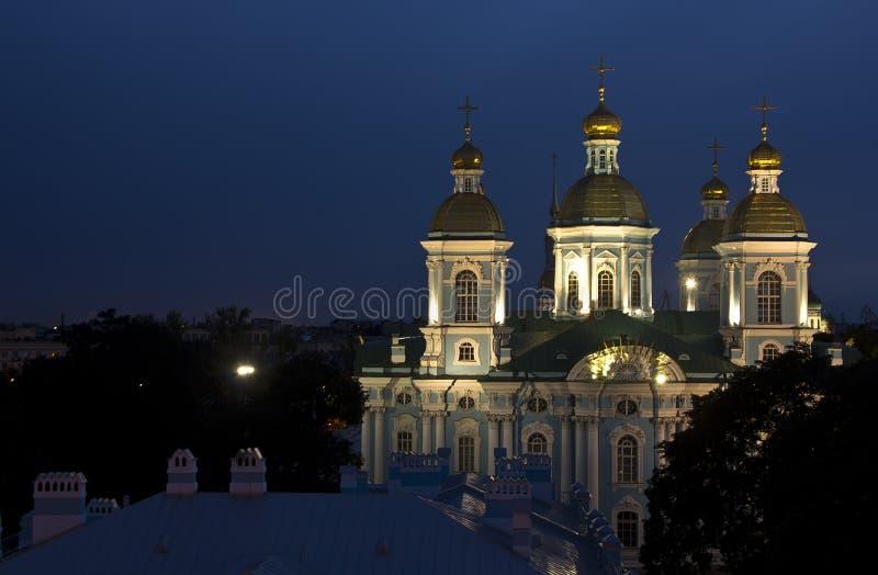 Noite St Petersburg, Rússia fotos de stock royalty free