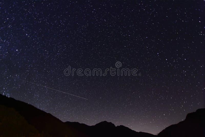Noite surpreendente da estrela fotografia de stock royalty free
