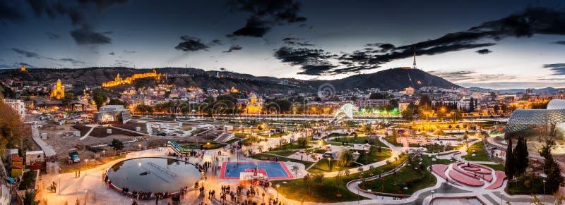 Noite Tbilisi foto de stock royalty free
