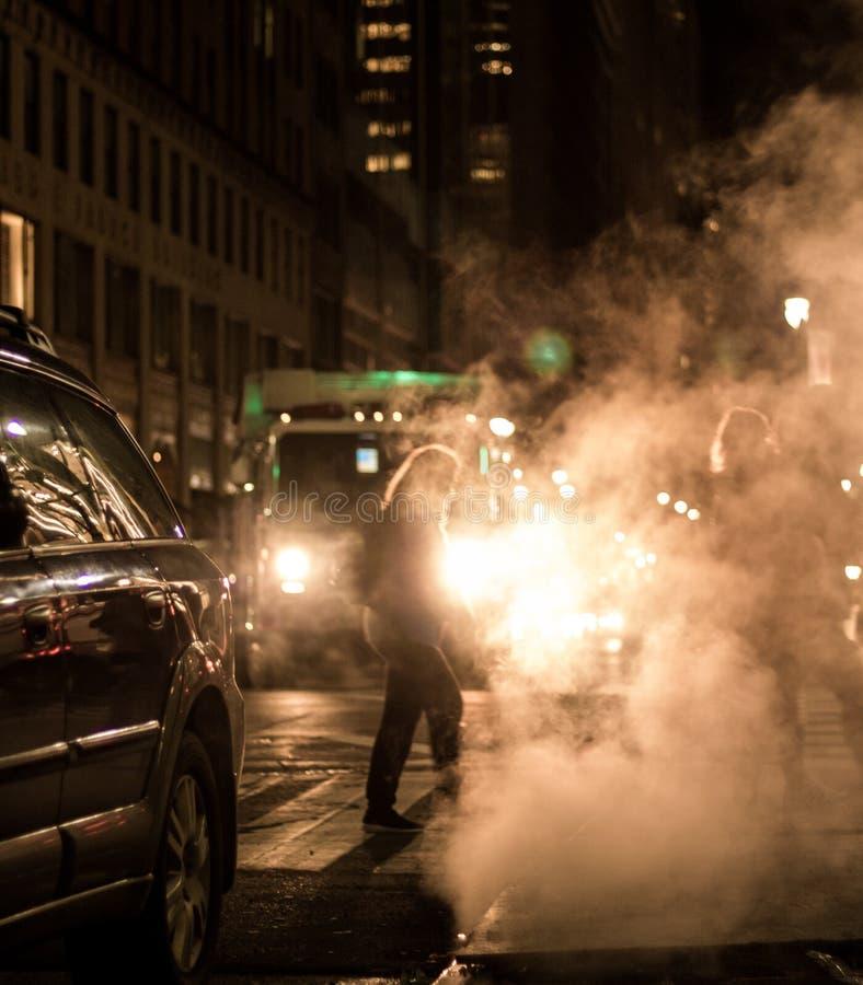 Noite temperamental de New York City fotografia de stock
