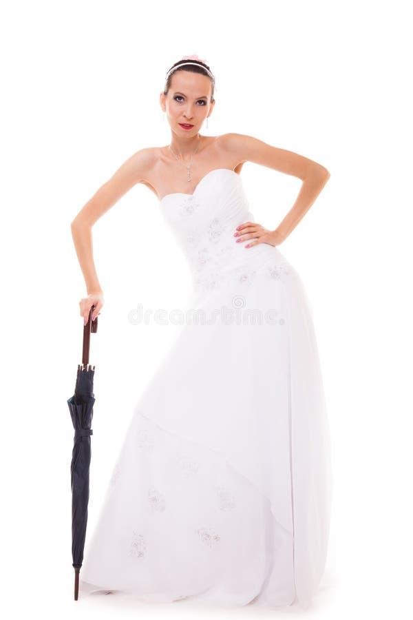 Download A Noiva Completa Do Comprimento No Vestido De Casamento Guarda O Guarda-chuva Imagem de Stock - Imagem de chuva, guarda: 65576973