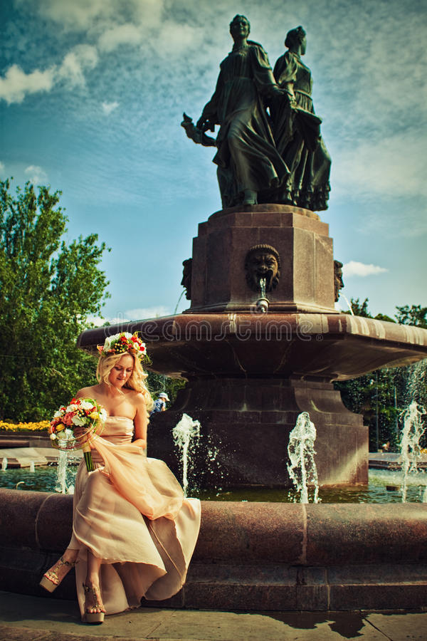 Noiva da flor foto de stock royalty free