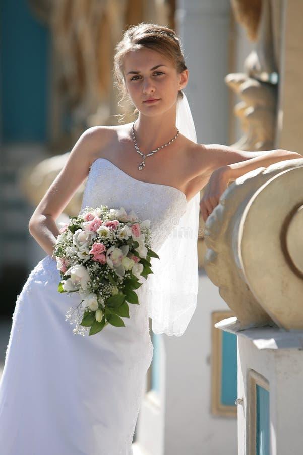 A noiva das flores foto de stock royalty free
