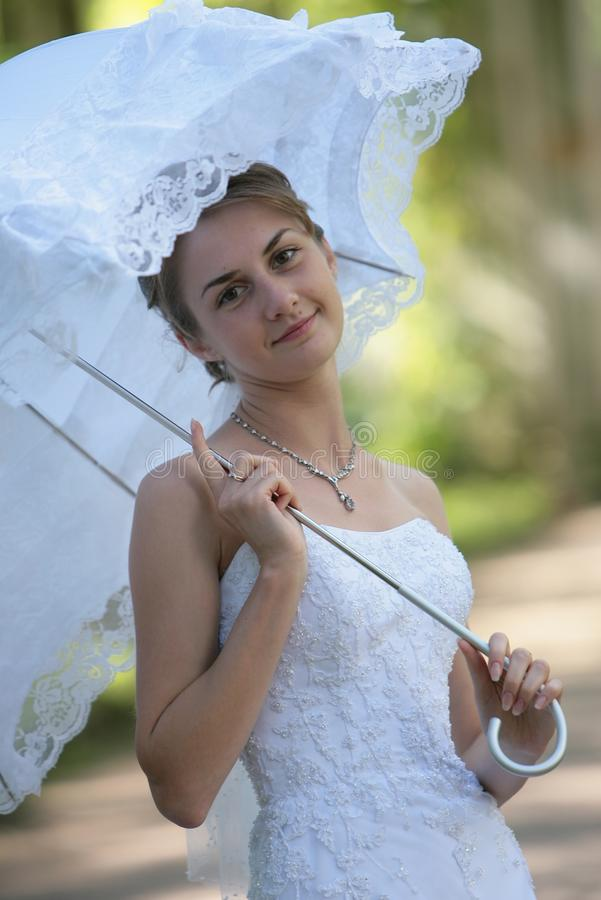 A noiva de sorriso fotos de stock royalty free