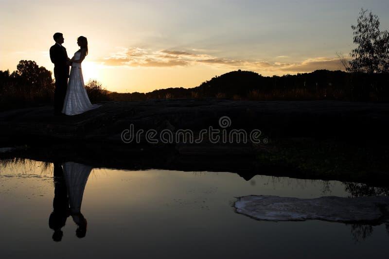 Noiva do por do sol fotos de stock