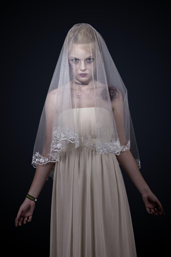 Noiva do zombi imagens de stock royalty free
