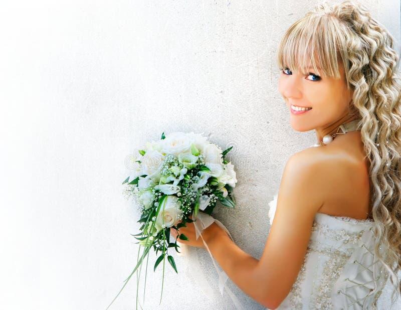 Noiva feliz nova imagens de stock royalty free
