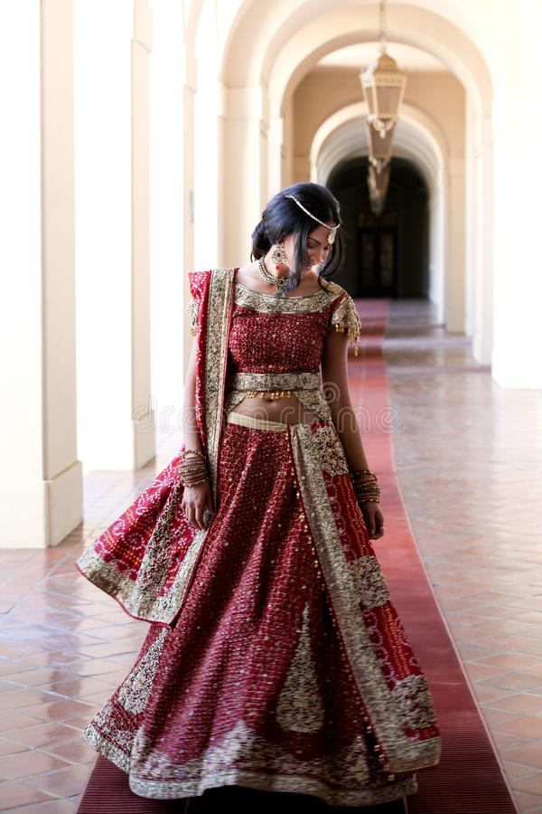 Noiva indiana bonita fotografia de stock royalty free