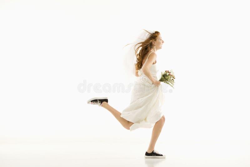 Noiva Running. fotografia de stock