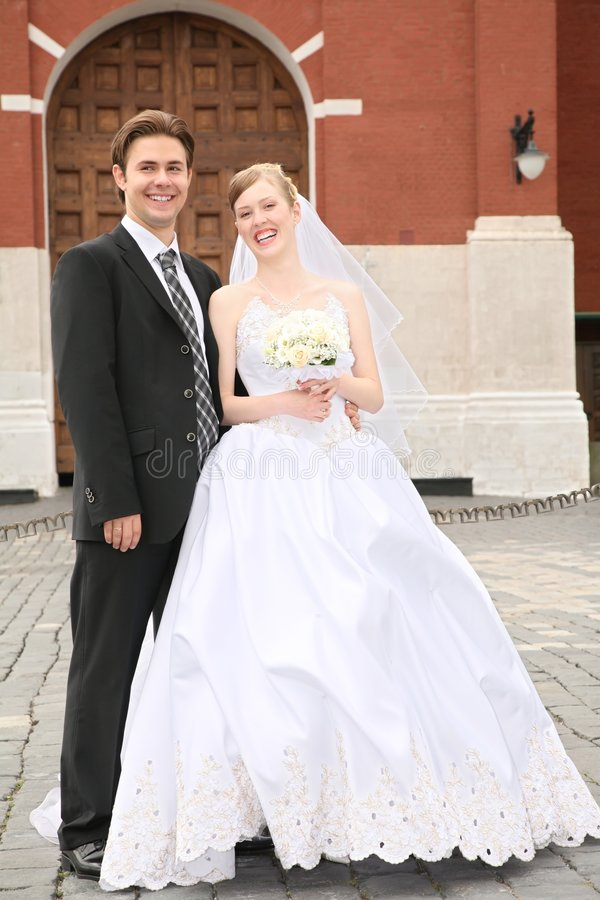 Noivo com a noiva fotos de stock