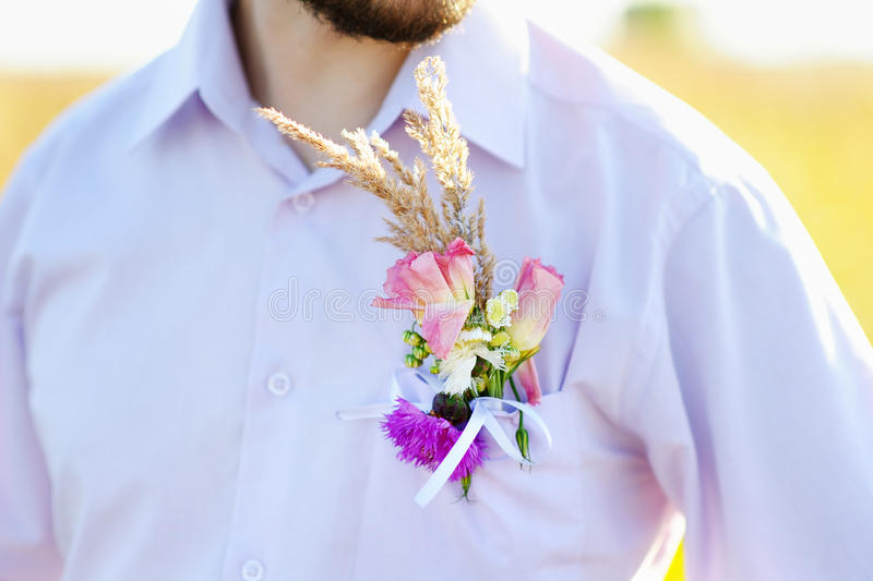 Noivo do Boutonniere imagens de stock royalty free
