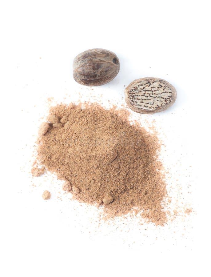Noix de muscade organique et noix de muscade moulue image stock