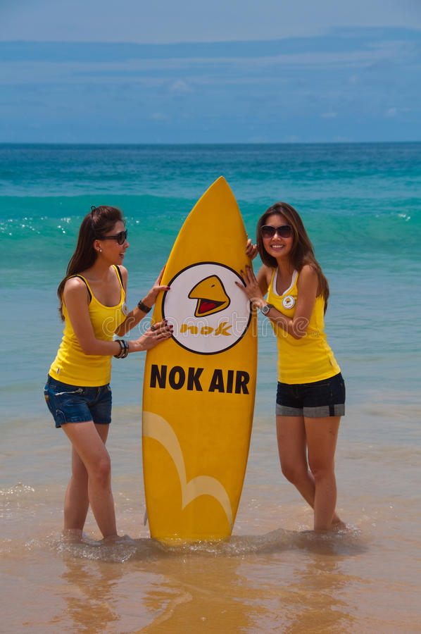 Download Nok Air Girls During Quiksilver 2010 Editorial Stock Image - Image of back, girl: 16261404