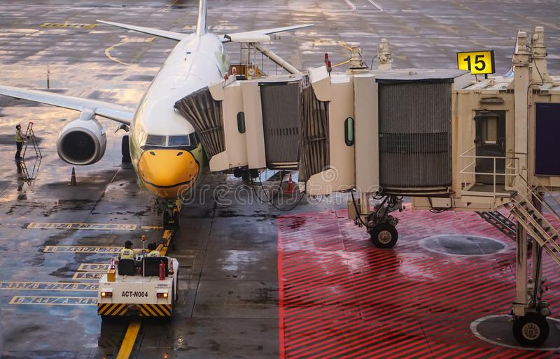 NOK-Luft-Flugzeug bei Don Mueng Airport, Bangkok, Thailand lizenzfreie stockfotografie
