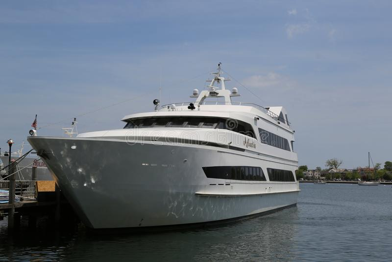 Noleggiatore di yachts di lusso di Atlantide al porticciolo della baia del sarago americano a Brooklyn fotografie stock libere da diritti