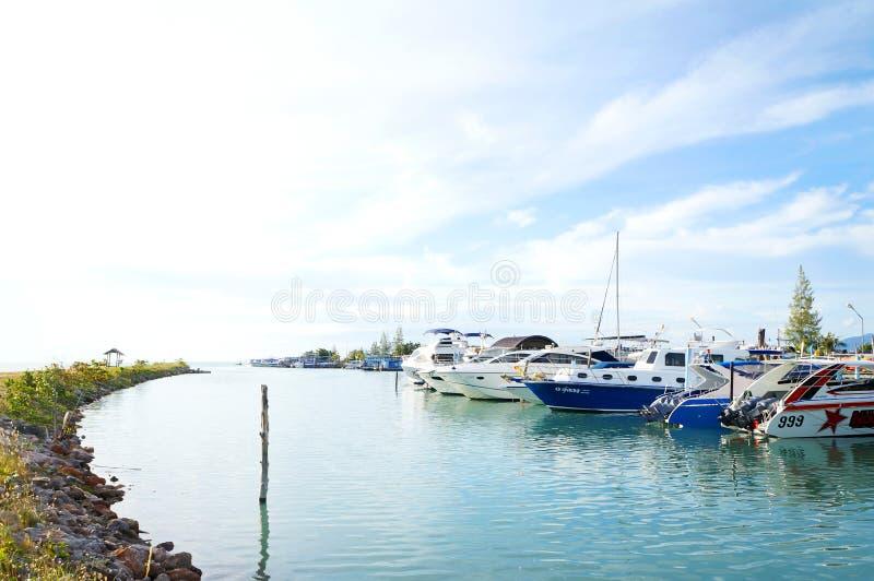 Noleggiatore di yachts, spiaggia di Bangrak, Samui, Tailandia fotografia stock