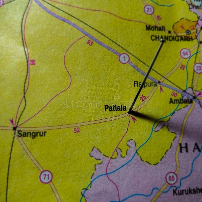 nom de la ville de patiala affiché sur la carte géographique de l'Inde image stock