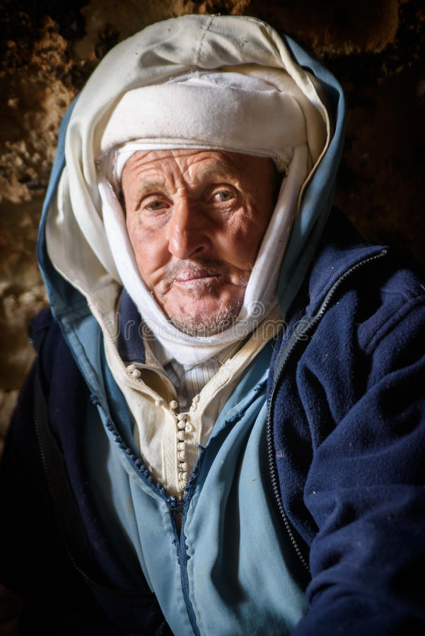 Download Nomad Man Living In The Cave, Nomad Valley, Atlas Mountains, Morocco Editorial Stock Image - Image of missing, dades: 98561004