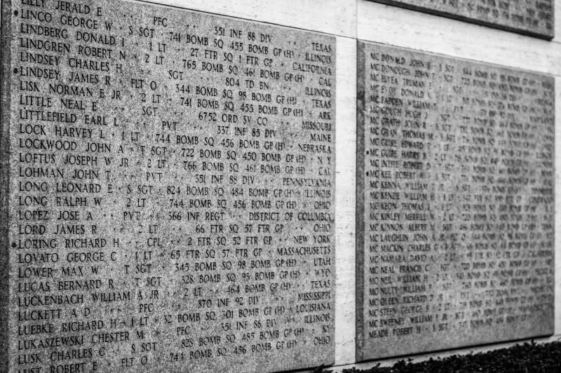 Nombres de las muertes de la Segunda Guerra Mundial en una pared del tributo en Floren fotos de archivo libres de regalías