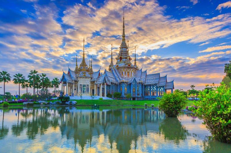 Non Khum tempel, Thailand royaltyfri bild