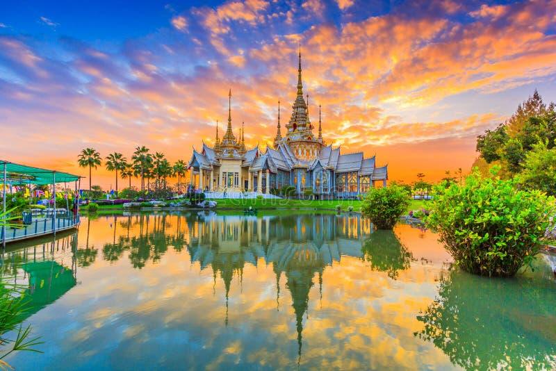 Non Khum tempel, Thailand royaltyfri foto